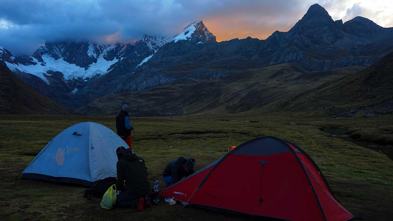 Campamento base en Mitucocha