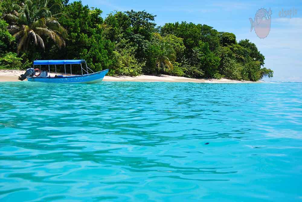 Barca en Bocas del Toro