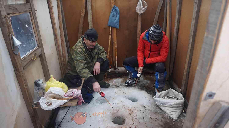 Aprendiendo a pescar en Siberia